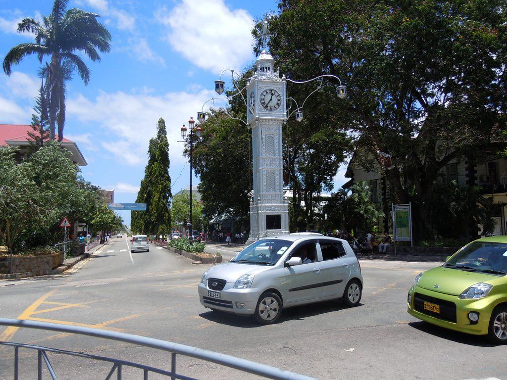 Voiture aux Seychelles