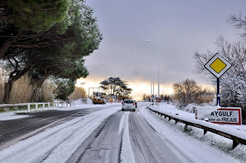France - voiture hiver