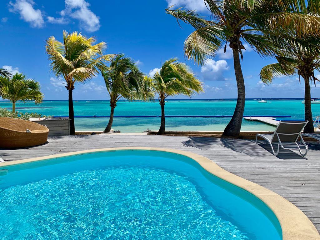 villa Guadeloupe piscine et plage