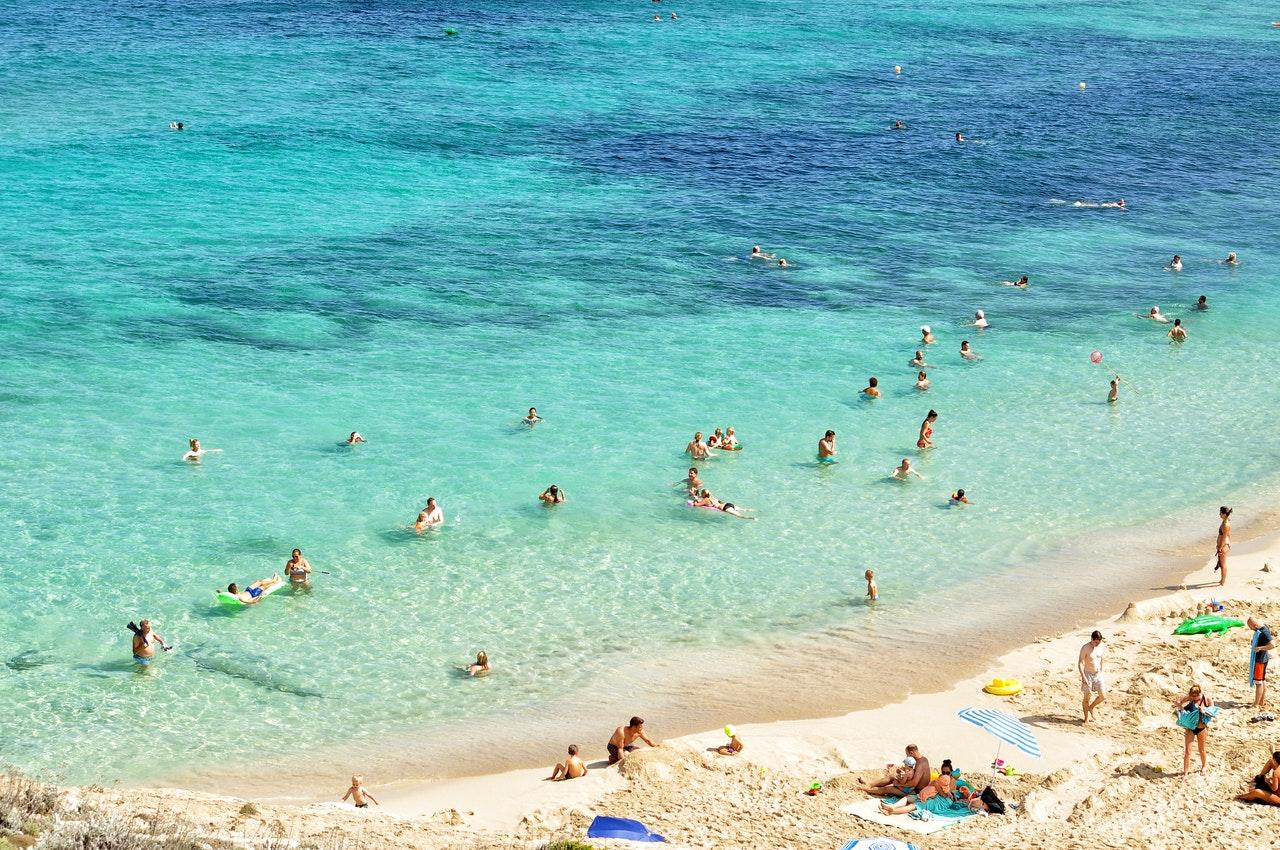 Se protéger du soleil à la plage